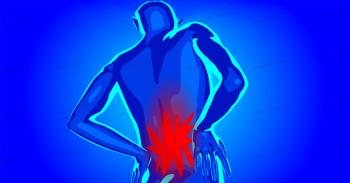 علت کمر درد چیست؟ آیا میتوان خود درمانی کرد؟