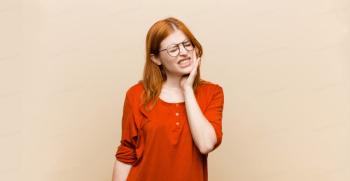 درمان خانگی دندان درد : 9 روش های خانگی و فوری برای تسکین درد دندان با ماده های طبیعی
