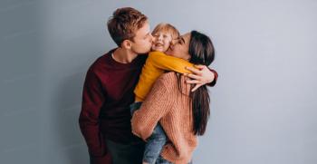 چگونه با فرزند خود ارتباط پایدار ایجاد کنیم؟
