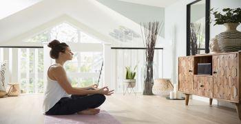 7 حرکت یوگا صبحگاهی | فواید یوگا در صبح
