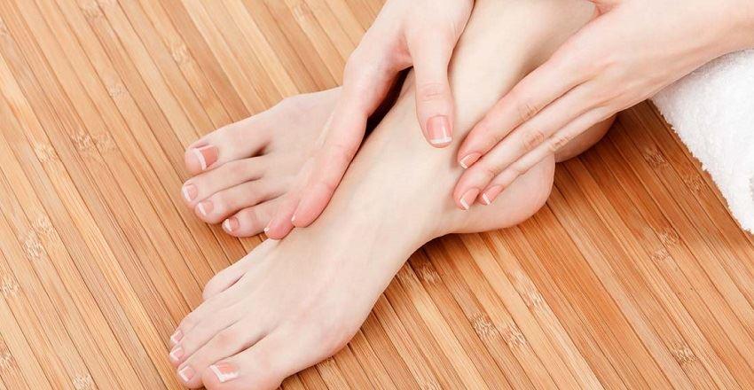 علت سر شدن پا چیست ؟   دلایل سر شدن پا هنگام خواب